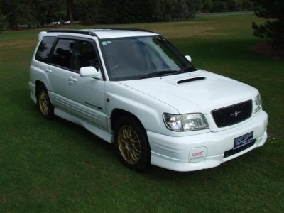 Forester STi II Type M 2001 спереди
