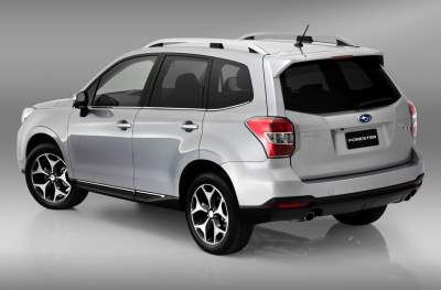 Forester XT 2013 сзади
