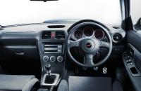 Subaru Impreza S203 салон