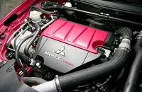 Mitsubishi Lancer Evo X двигатель